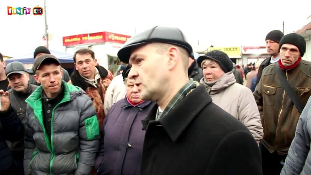 Обурені підприємці перекрили рух на Привокзальній площі